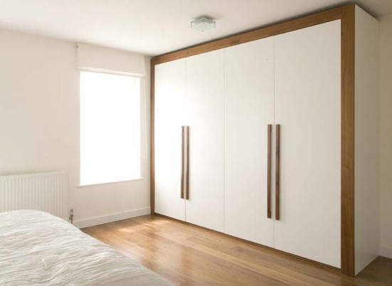 The actual Benefits and drawbacks associated with Utilizing Slipping Wardrobe Doorways