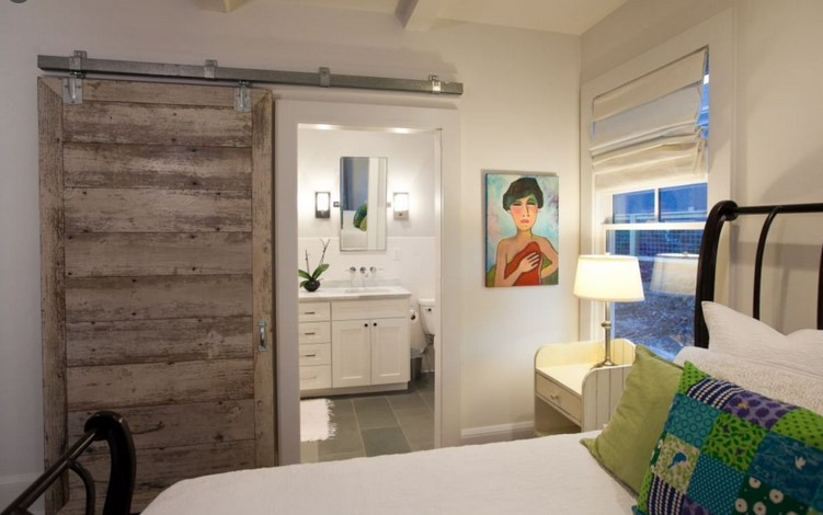Bed room Slipping Wardrobe Doorways: Include Performance Whilst Designing Your own Space